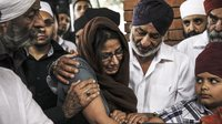 Wednesday in Nairobi, members of the Kenyan Sikh community gathered to cremate a grandmother and son who were killed when terrorists took over the Westgate Mall.