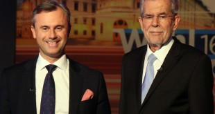 Norbert Hofer of Austria's Freedom Party (left) and Alexander Van der Bellen, candidate of the Austrian Greens, wait for the start of a TV debate last May in Vienna.