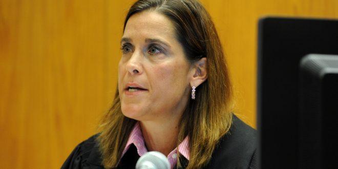 Judge Dismisses Newtown Families' Lawsuit Against AR-15