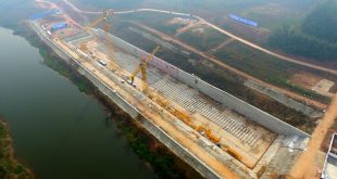 Construction on the keel of a replica of the Titanic began on Nov. 30 in Suining, Sichuan Province of China.