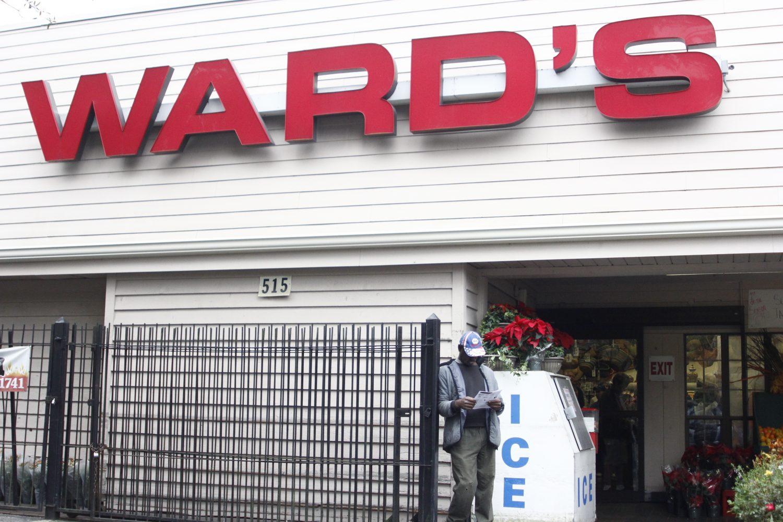 Ward's Supermarket on a bustling afternoon.