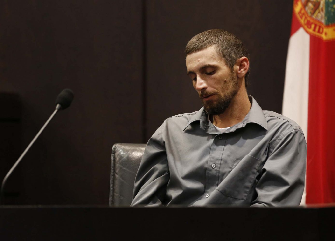 Levy County resident Jesse Everidge describes how he and his brother-in-law James Rains found the remains of Christian Aguilar while the two searched for jasmine vines in the Gulf Hammock Hunt Club during Bravo's murder trial in courtroom 1B of the Alachua County Criminal Justice Center Friday, August 8, 2014.  Bravo is accused of killing University of Florida student Christian Aguilar.  (Doug Finger/The Gainesville Sun/Pool)