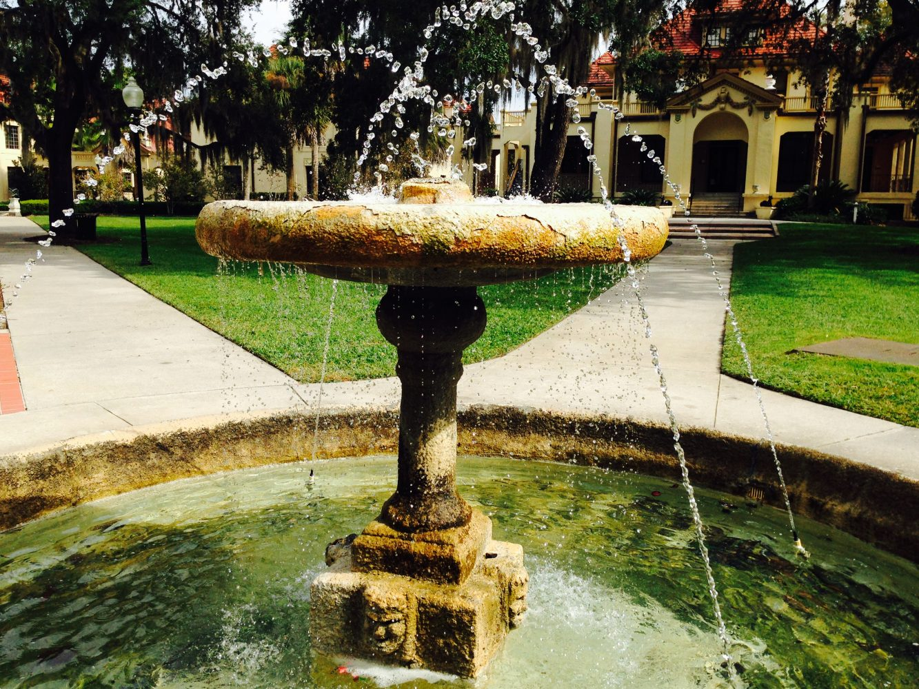 Construction and repair of fountains do it yourself: a selection of sites