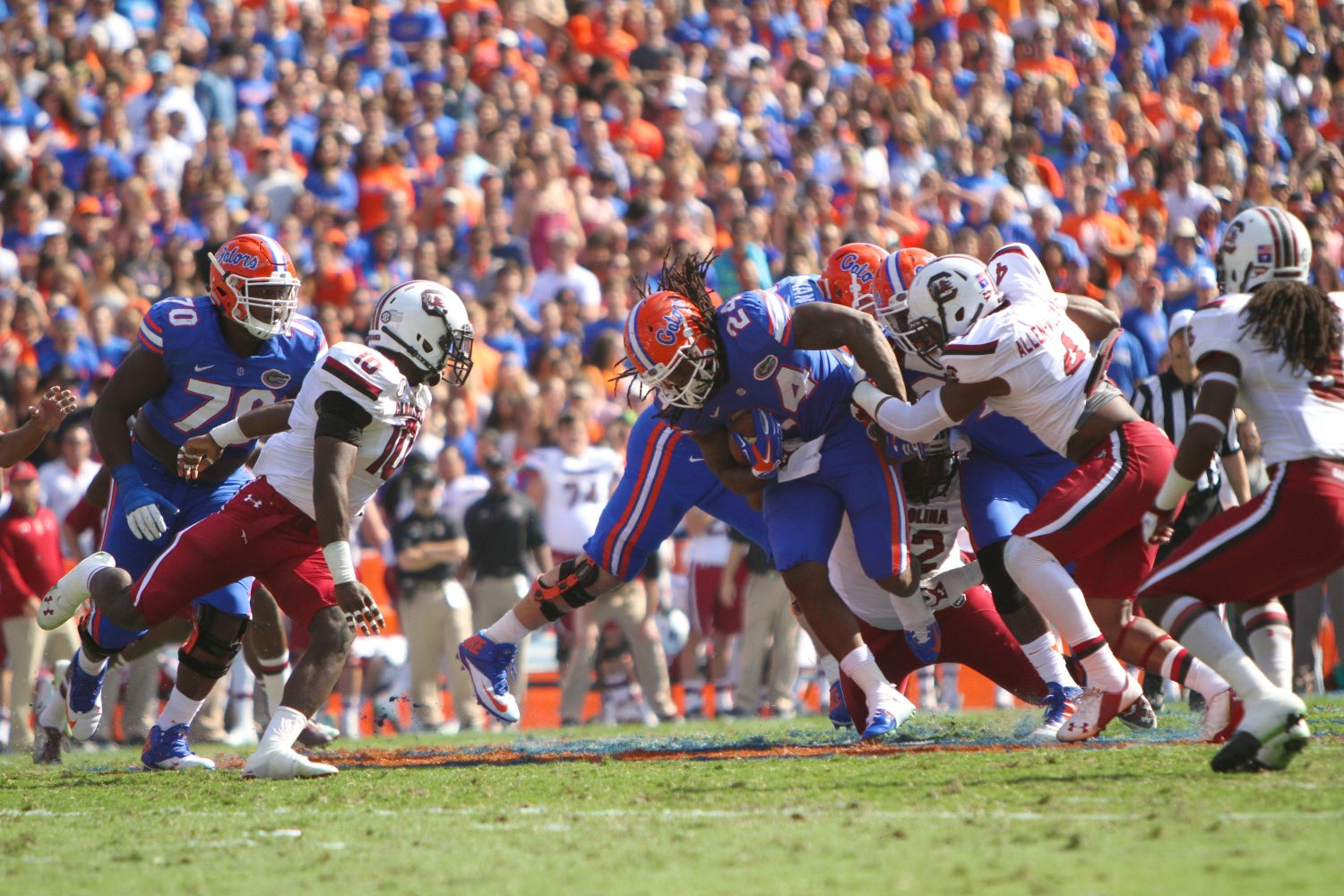 Florida running back Matt Jones powers his way through the opposing defense.