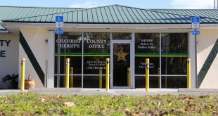 The Gilchrist County Sheriff's Office, located at 9239 S. U.S. Highway 129, announced Friday that residents are encouraged to use its parking lot to meet and complete online transactions.