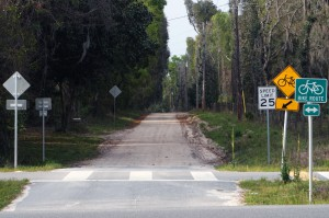 Putnam County has more dirt road miles than any other county in the state of Florida, according to Chris Evers, the past president of the American Public Works Association. Photo by WUFT.