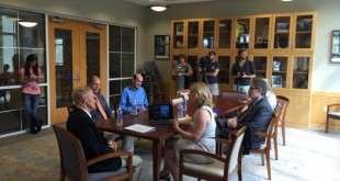 Senator Bill Nelson speaks to University of Florida researchers about the threat of rising sea levels on Monday, August 31, 2015.