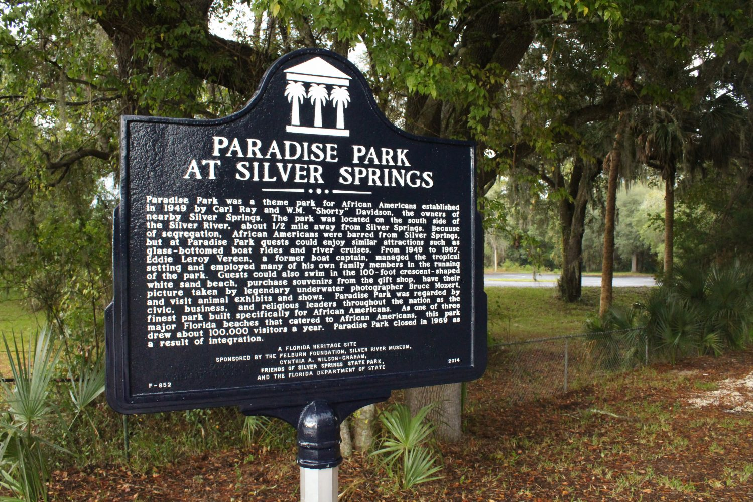 New Book Tells Story Of Once-Segregated Park Near Ocala – WUFT News