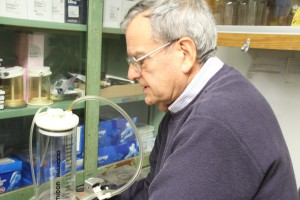 Dr. Preston shows the lab where sorghum is mixed with potassium to extract the cellulose. (WUFT News/James Torrez)