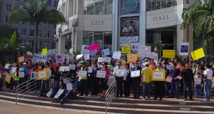 People rally in front of Orlando City Hall for Peter Liang. (Zhiming Zhang/WUFT News)