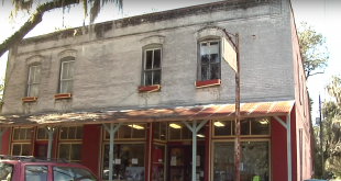 The Micanopy Town Commission and its Historic Planning and Preservation Board recently approved plans for a concert venue to move forward. Most at the meeting expressed approval of the plan, saying that unless the town broadens its offerings beyond antique stores , it will struggle. (WUFT News)