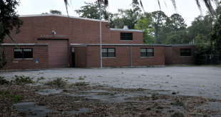 The old US Army Reserve building has not been used since 2009. Gainesville residents hope the land will be used to build a park to honor reservists.