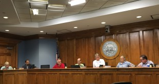 Gainesville city commissioners discuss what to do about Alachua County's lawsuit against the city over an old RTS facility. (Abigail Doupnik/WUFT News)