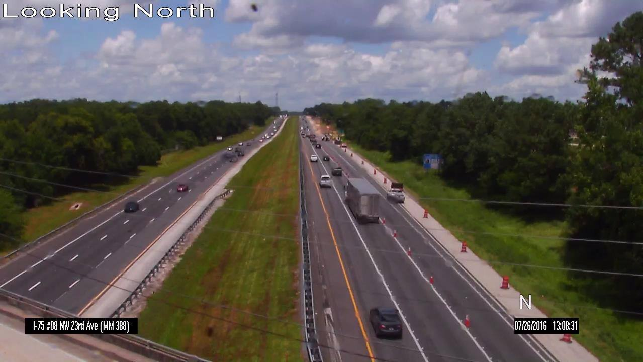 Congestion for the I-75 NB MM 388 crash has dissipated. Continue to use caution on #I75 as the construction is still ongoing, and the lane closure NB MM 388 is still in effect.