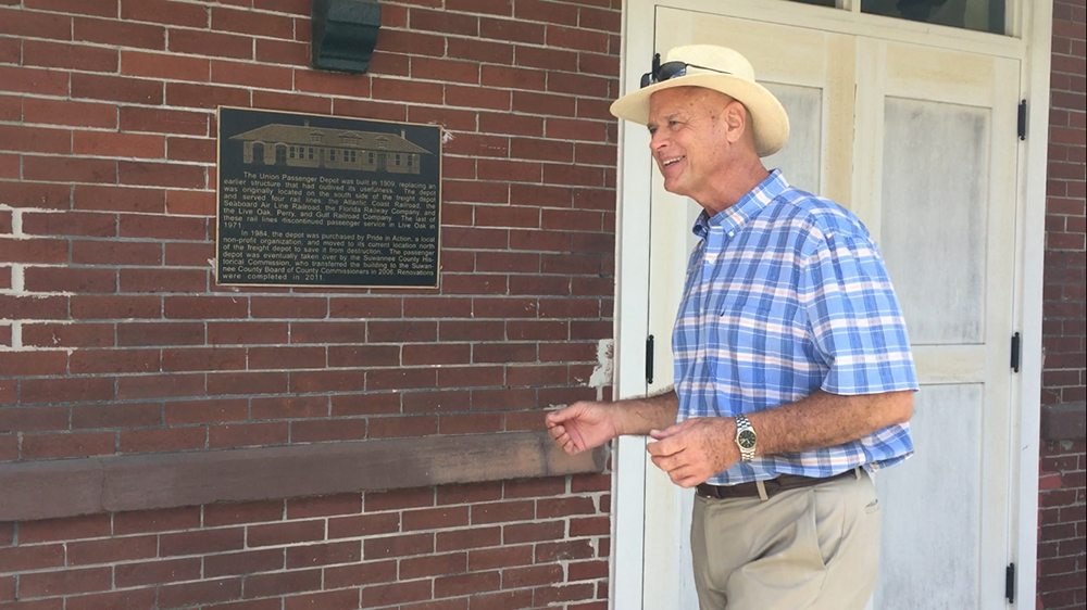 Live Oak councilman Keith Mixon talks about the Union Passenger Depot's history. The depot was built in 1909. (Janiece Sebris/WUFT News)