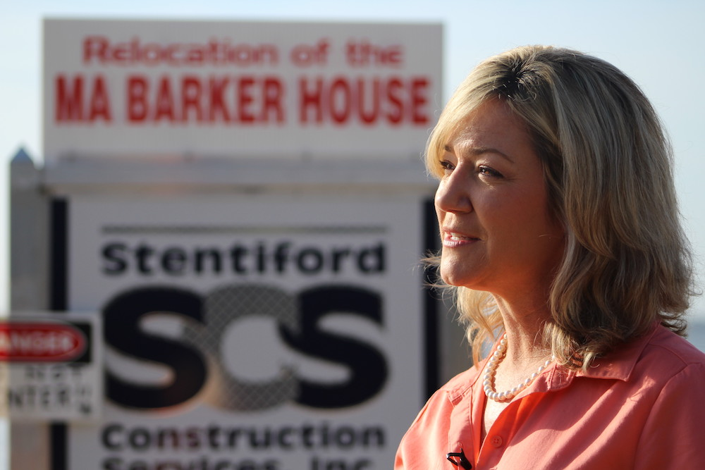 City Commissioner Kathy Bryant Speaks about the process of moving the Ma Barker house to its new location Thursday morning. The move was a big step in opening the historic house to the public for the first time. (Jessica Korina/WUFT News)