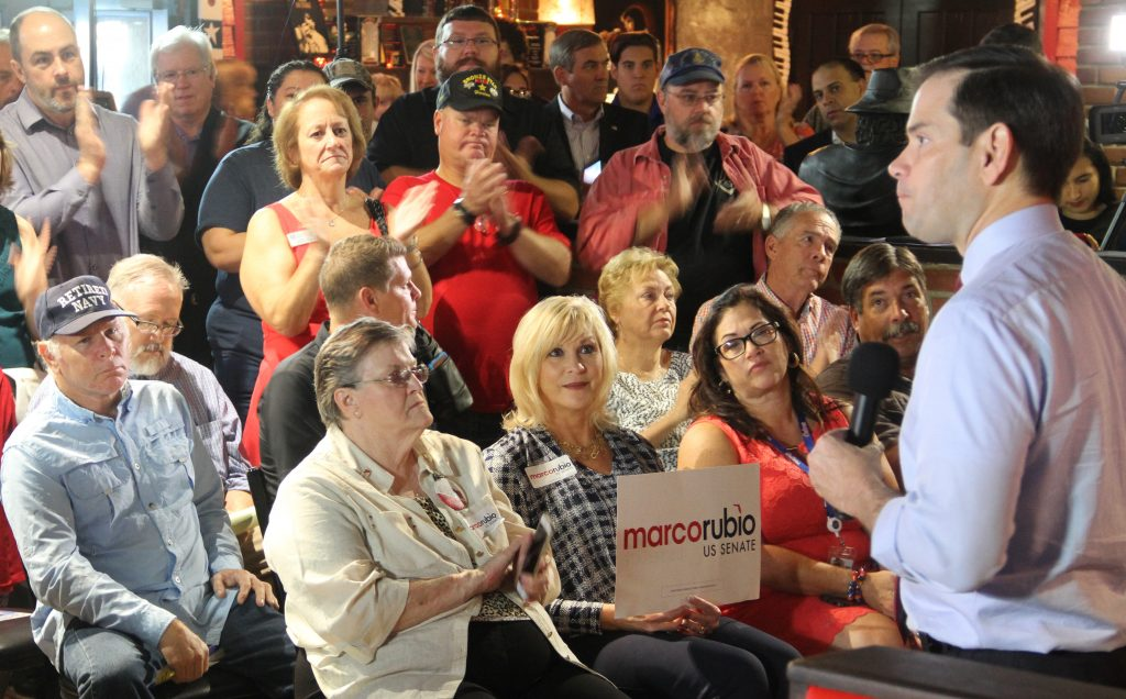 "Sen. Marco Rubio visits The Mojo Grill in Ocala on Nov. 4, 2016 for a ""get out the vote"" event to encourage early voting. Rubio addressed a crowd of over 120 attendees. (Antara Sinha/WUFT News)"