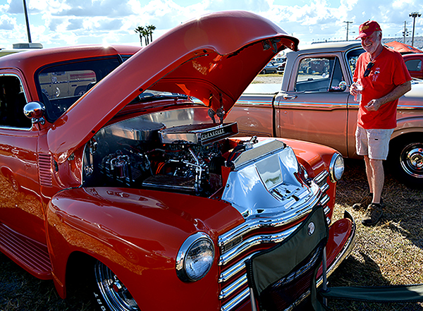 In Photos Daytona Hosts Rd Annual Turkey Run Car Show WUFT News - Turkey run car show