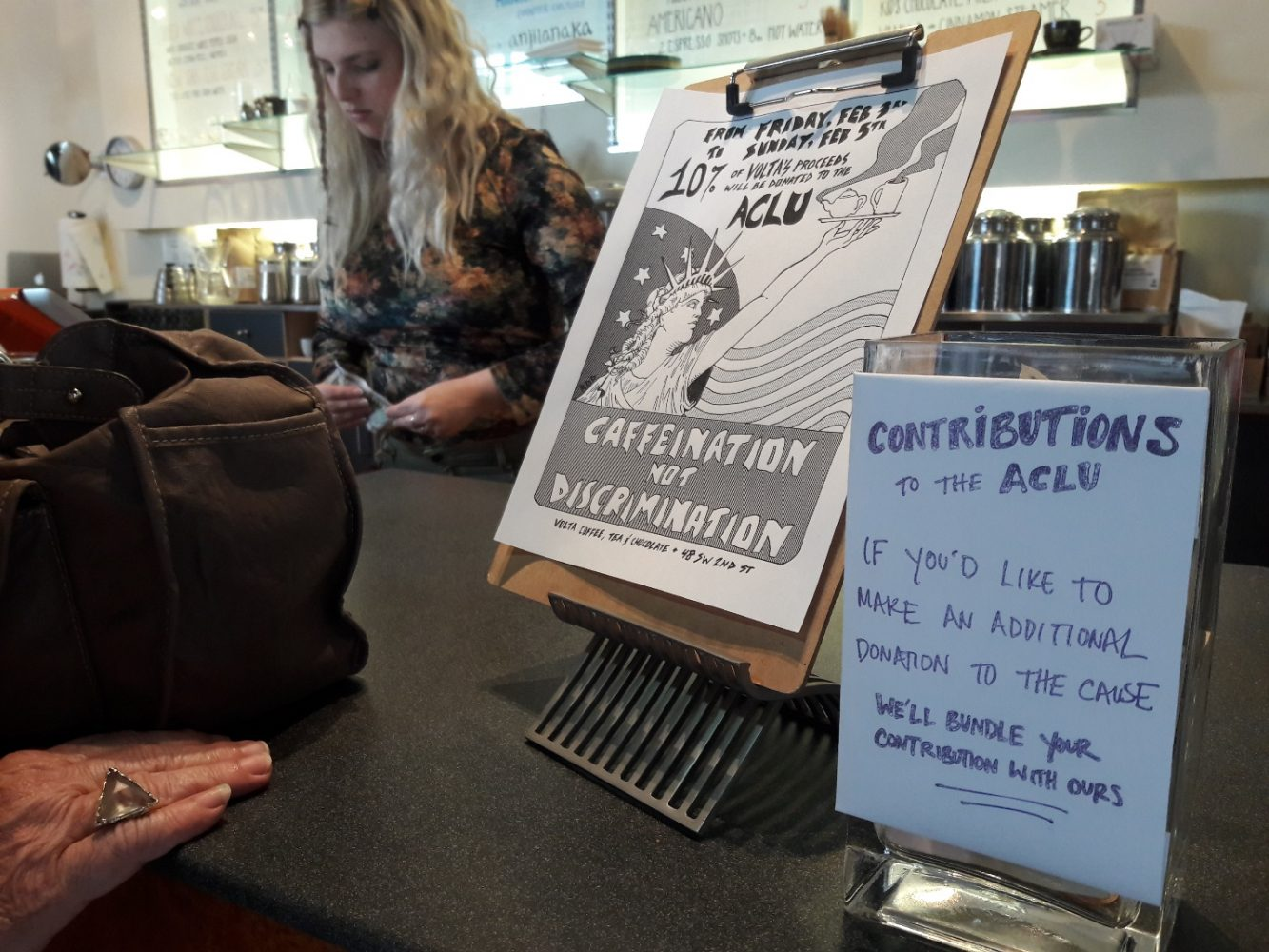 White apron gainesville fl - Caffeination Not Discrimination Gainesville Coffee Shop Fundraises For Aclu Wuft News